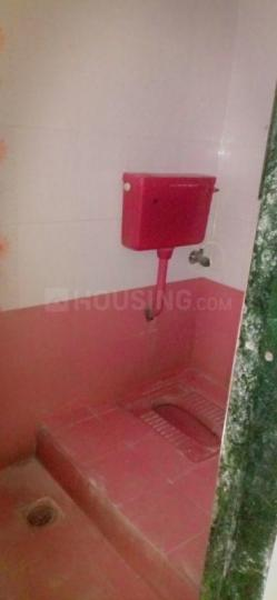 Common Bathroom Image of 350 Sq.ft 1 BHK Independent House for rent in Thane West for 27000