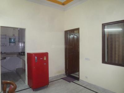 Gallery Cover Image of 1850 Sq.ft 3 BHK Independent Floor for rent in Sector 41 for 35000