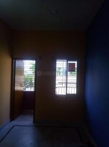 Gallery Cover Image of 1200 Sq.ft 2 BHK Apartment for rent in Jadavpur Niket, Jadavpur for 9000