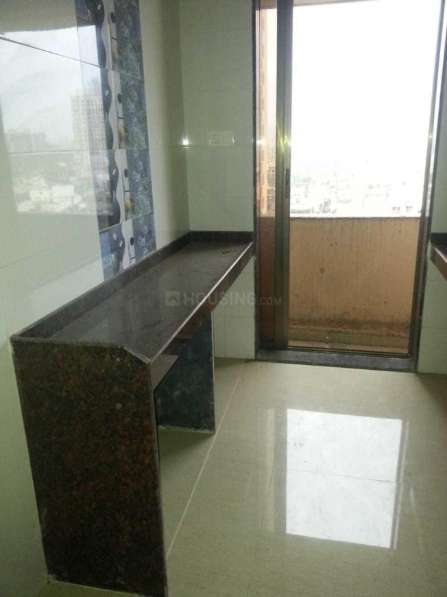 Kitchen Image of 550 Sq.ft 1 BHK Apartment for rent in Malad West for 23000