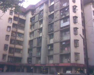 Gallery Cover Image of 550 Sq.ft 1 BHK Apartment for rent in Malad East for 25000
