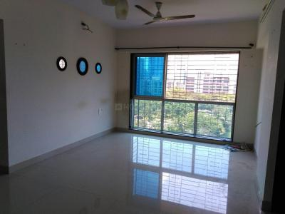 Gallery Cover Image of 960 Sq.ft 2 BHK Apartment for rent in Malad West for 41000