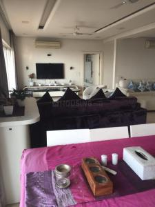 Gallery Cover Image of 1800 Sq.ft 3 BHK Apartment for rent in Madhapur for 25000