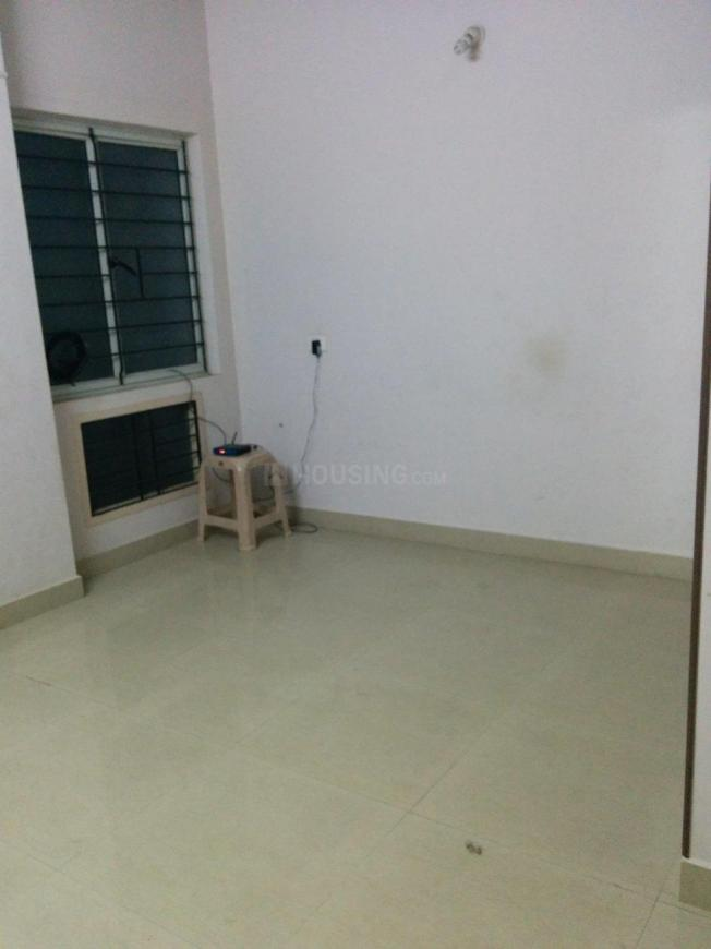 Bedroom Image of 955 Sq.ft 2 BHK Apartment for rent in Ponmar for 10000