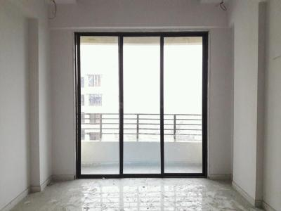 Gallery Cover Image of 580 Sq.ft 1 BHK Apartment for rent in Kalyan East for 6000