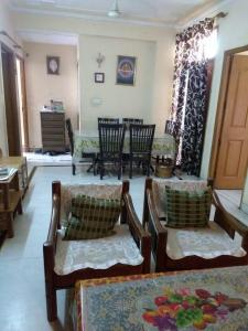Gallery Cover Image of 1150 Sq.ft 2 BHK Apartment for buy in RPS Paras Apartment, Sector 30 for 7000000