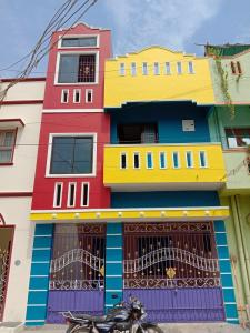 Gallery Cover Image of 1280 Sq.ft 3 BHK Independent House for buy in Ayappakkam for 7200000