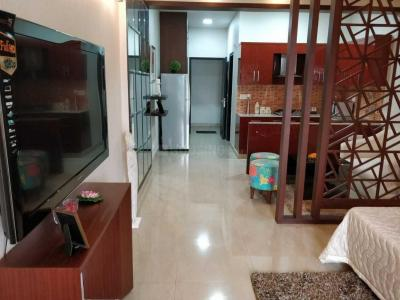 Gallery Cover Image of 596 Sq.ft 1 RK Apartment for buy in Aditya Celebrity Homes, Sector 76 for 2835000