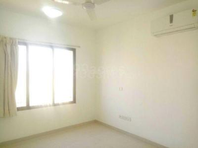 Gallery Cover Image of 1290 Sq.ft 2 BHK Apartment for rent in Romell Grandeur, Goregaon East for 45000