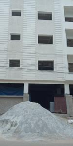 Gallery Cover Image of 1350 Sq.ft 3 BHK Apartment for buy in Bandlaguda Jagir for 5500000
