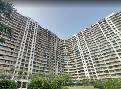 Gallery Cover Image of 1315 Sq.ft 3 BHK Apartment for rent in Kalpataru Aura, Ghatkopar West for 58000