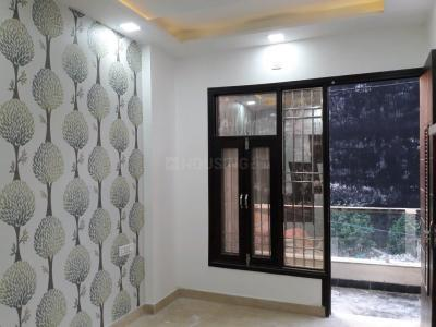 Gallery Cover Image of 750 Sq.ft 2 BHK Independent Floor for buy in Sector 22 Rohini for 5500000