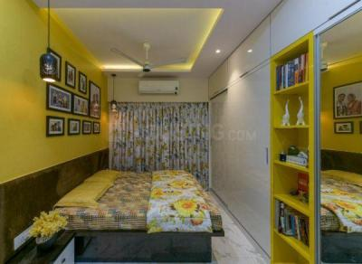 Gallery Cover Image of 950 Sq.ft 2 BHK Apartment for rent in Raheja Ridgewood, Goregaon East for 50000
