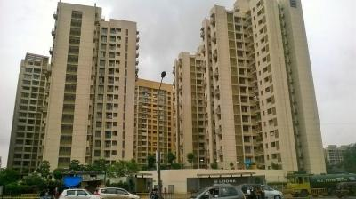 Gallery Cover Image of 680 Sq.ft 2 BHK Apartment for rent in Dahisar East for 22000