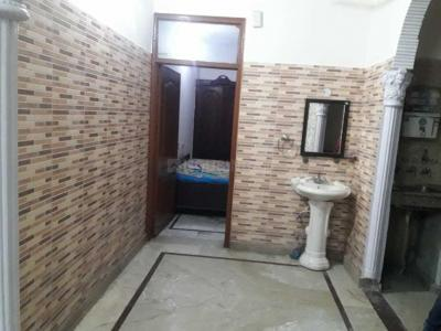 Gallery Cover Image of 950 Sq.ft 2 BHK Independent Floor for rent in Model Town for 22000