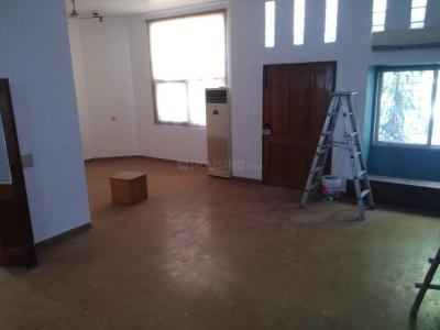 Gallery Cover Image of 4500 Sq.ft 3 BHK Independent House for rent in Sector 34 for 55000