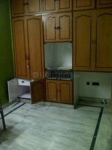 Gallery Cover Image of 1100 Sq.ft 2 BHK Apartment for rent in Mayur Vihar II for 19000