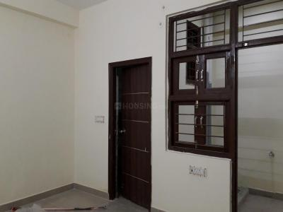 Gallery Cover Image of 180 Sq.ft 1 RK Apartment for rent in Sector 17 for 14000