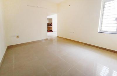 Gallery Cover Image of 1200 Sq.ft 3 BHK Apartment for rent in Pallikaranai for 16000