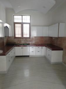 Gallery Cover Image of 2350 Sq.ft 3 BHK Independent Floor for rent in Sector 28 for 20000