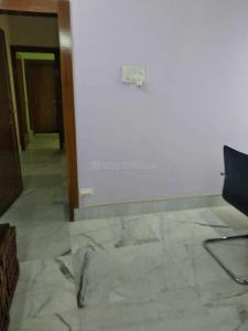 Gallery Cover Image of 850 Sq.ft 1 BHK Apartment for rent in Bhowanipore for 22000