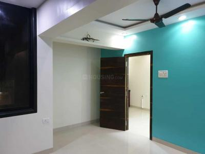 Gallery Cover Image of 650 Sq.ft 1 BHK Apartment for rent in Carter Apartment, Bandra West for 75000