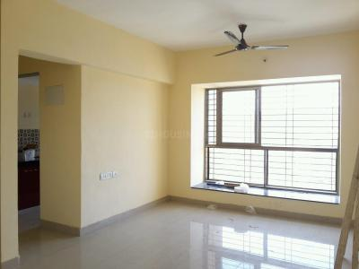 Gallery Cover Image of 850 Sq.ft 2 BHK Apartment for buy in Thane West for 8900000
