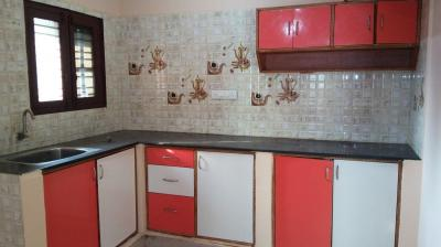 Gallery Cover Image of 650 Sq.ft 1 BHK Independent House for rent in Murugeshpalya for 13000