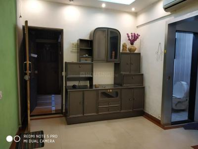 Gallery Cover Image of 500 Sq.ft 1 BHK Apartment for rent in Goregaon East for 25500