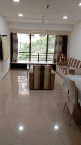 Gallery Cover Image of 1200 Sq.ft 3 BHK Apartment for rent in Khar West for 150000