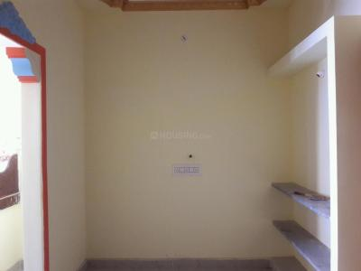 Gallery Cover Image of 400 Sq.ft 1 BHK Independent Floor for rent in Ayappakkam for 4500