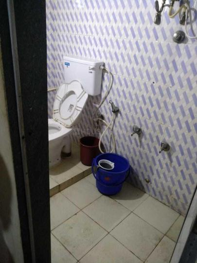 Bathroom Image of Ravi Accommodation in Powai