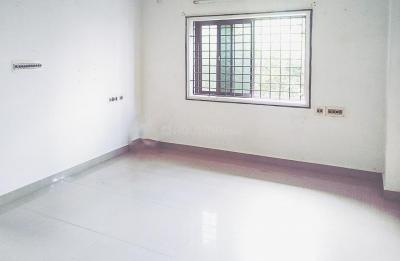 Gallery Cover Image of 872 Sq.ft 2 BHK Apartment for rent in Pallikaranai for 9500