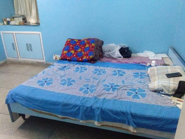 Bedroom Image of 1300 Sq.ft 2 BHK Apartment for rent in Shakti Khand for 20000