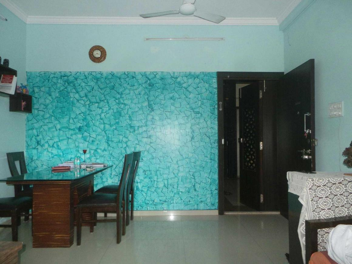 Living Room Image of 600 Sq.ft 1 BHK Apartment for rent in Kandivali East for 25000