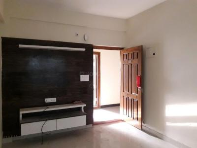 Gallery Cover Image of 900 Sq.ft 1 BHK Apartment for rent in Kadubeesanahalli for 18000