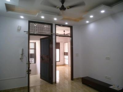 Gallery Cover Image of 650 Sq.ft 2 BHK Independent Floor for rent in Sector 8 Dwarka for 17000