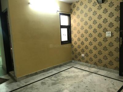 Gallery Cover Image of 950 Sq.ft 3 BHK Independent Floor for buy in Govindpuri for 3900000