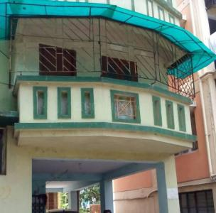 Gallery Cover Image of 700 Sq.ft 2 BHK Independent Floor for rent in Santoshpur for 7000