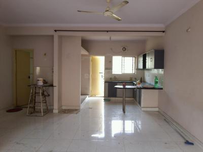 Gallery Cover Image of 1200 Sq.ft 2 BHK Apartment for rent in Nandi Sunrise Apartments, Mahadevapura for 27000