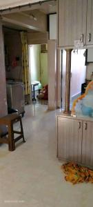 Gallery Cover Image of 760 Sq.ft 2 BHK Apartment for rent in Guruwar Peth for 18000