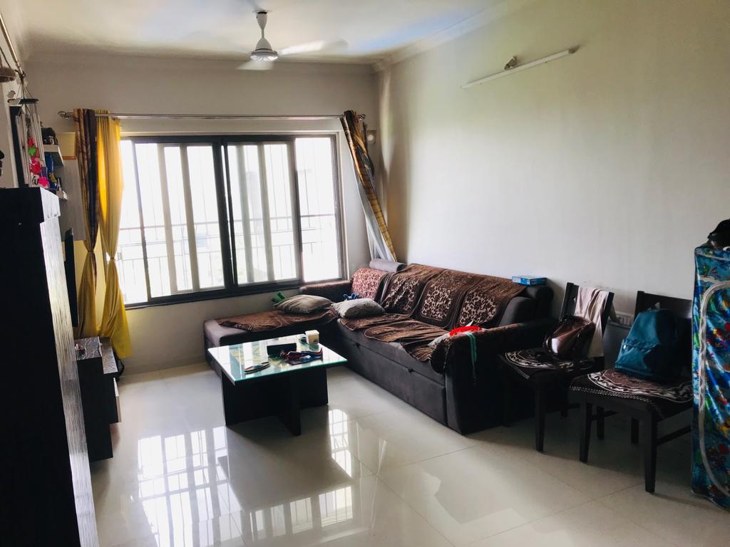 Living Room Image of 850 Sq.ft 2 BHK Apartment for rent in Borivali West for 30000