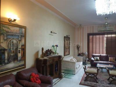 Gallery Cover Image of 4500 Sq.ft 5 BHK Independent House for buy in Sainik Farm for 100000000
