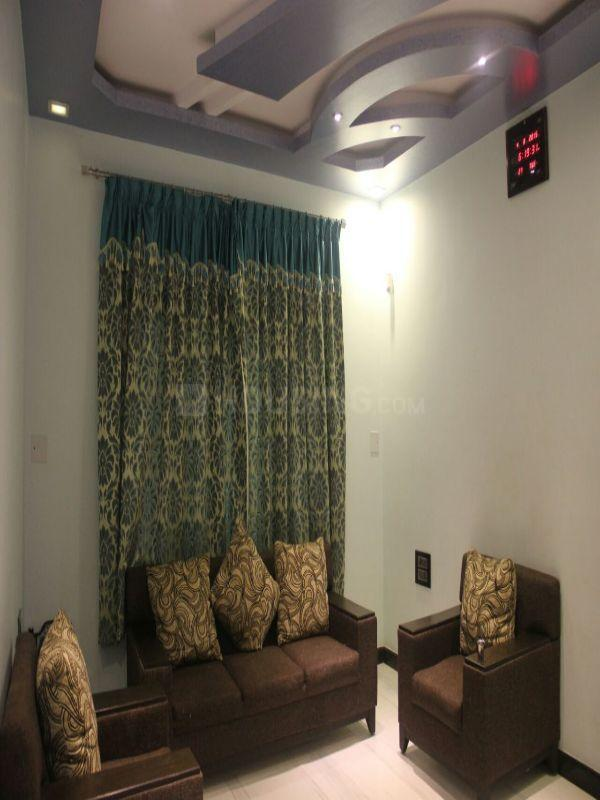 Living Room Image of 4350 Sq.ft 3 BHK Independent House for buy in Thanisandra Main Road for 30000000