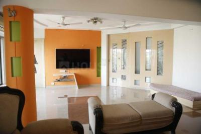 Gallery Cover Image of 1250 Sq.ft 2 BHK Apartment for buy in Dunhill Corner, Santacruz East for 40700000
