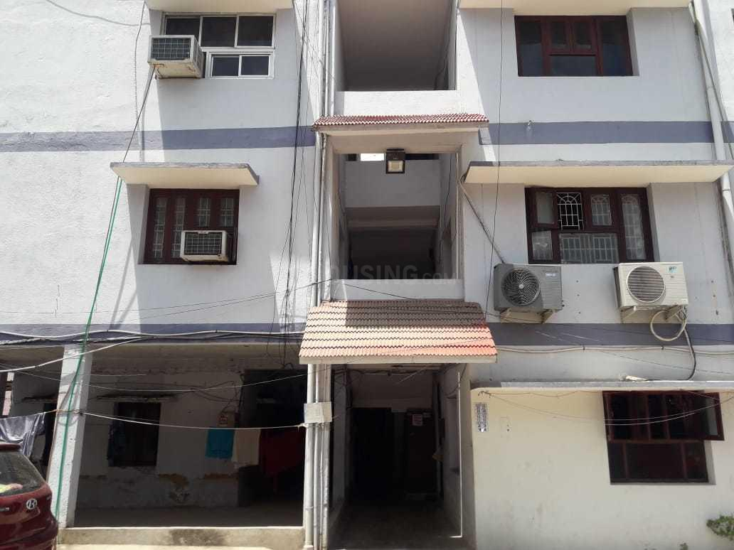 Building Image of 750 Sq.ft 2 BHK Apartment for buy in Anna Nagar West Extension for 6500000