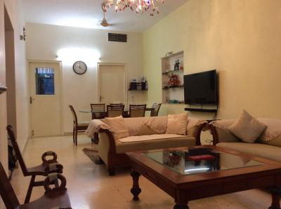 Gallery Cover Image of 1100 Sq.ft 1 BHK Independent Floor for rent in Defence Colony for 45000