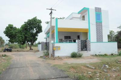 Gallery Cover Image of 850 Sq.ft 2 BHK Independent House for buy in Kandigai for 4200000