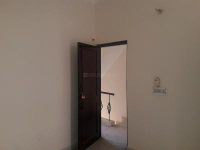 Gallery Cover Image of 540 Sq.ft 1 BHK Independent Floor for rent in Palam Vihar for 9500