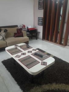Gallery Cover Image of 650 Sq.ft 2 BHK Apartment for rent in Andheri West for 55000